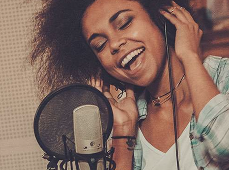Chant : Étendue vocale (4/4) - <p>Près de 3h d'exercices d'étendue vocale pour élargir sa voix</p> |