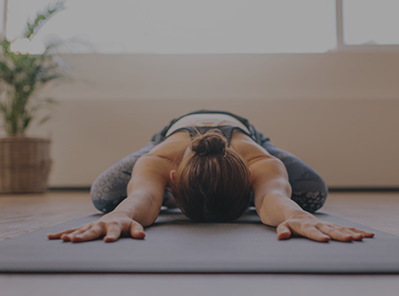 Yoga : Tonifier Corps et Esprit - <p>Se connecter avec son corps&nbsp;</p> |