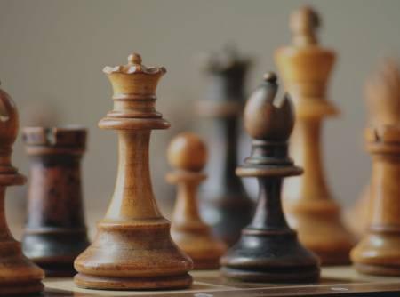 Échecs : les Fondamentaux - Apprendre à jouer aux échecs |