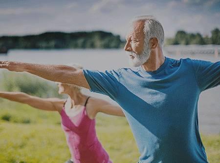 Fitness : Spécial âge d'or - Rester en bonne santé avec ce cours de gym douce pour senior en ligne  