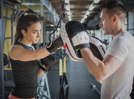 Fitness boxing - Travailler son corps en entier en mêlant arts martiaux et fitness |