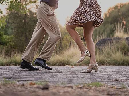 Danse Rock : Techniques avancées (1/2) - Apprendre des pas avancés de la danse Rock |