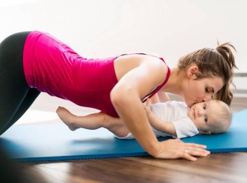 Yoga Maman & Bébé - Pratiquer le yoga avec son bébé |