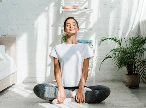 Yoga Nidra - Pratiquer le Yoga Nidra en ligne |